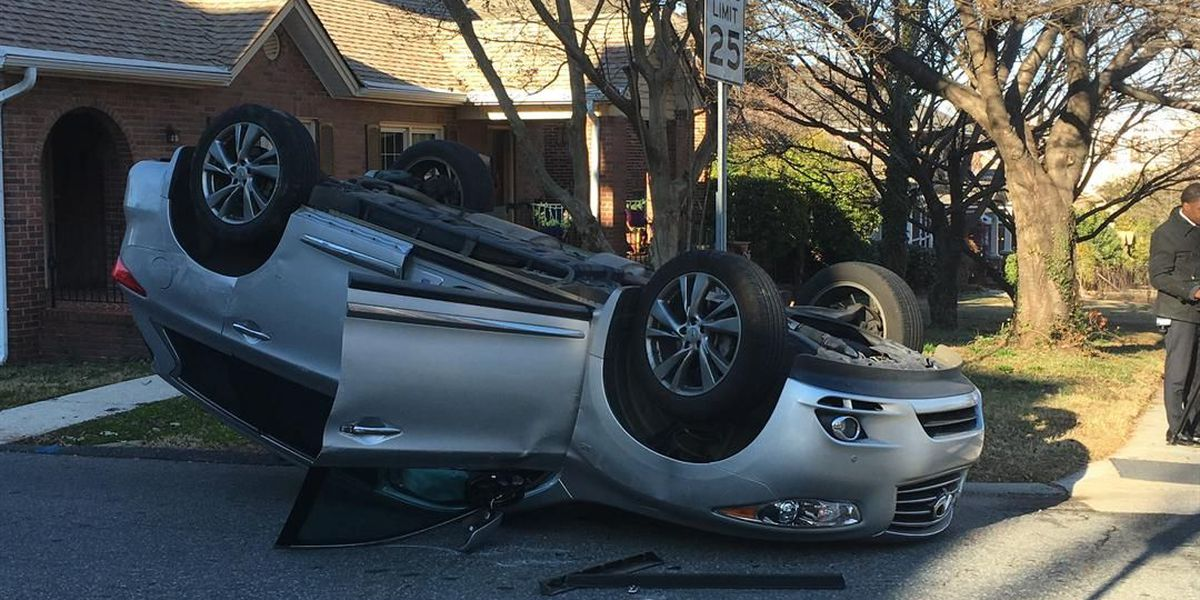 One injured as car overturns in south Charlotte wreck