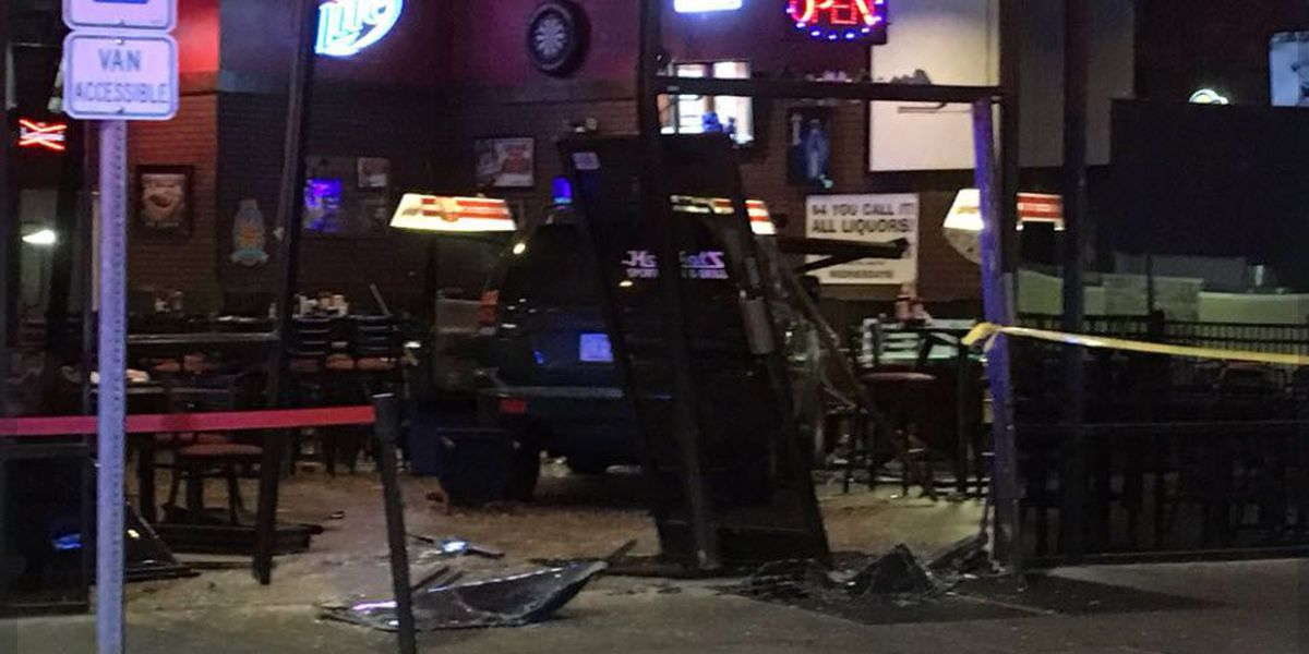 Witnesses: 'Highly intoxicated' man refused service, drives vehicle into NC restaurant