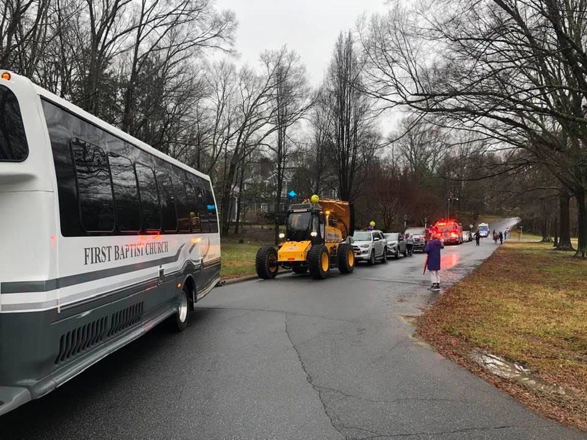 Community Kindness Parade rolls on at Overton Elementary School