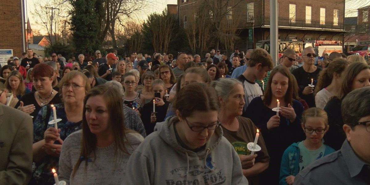 Massive crowd attends vigil to honor fallen York County deputy