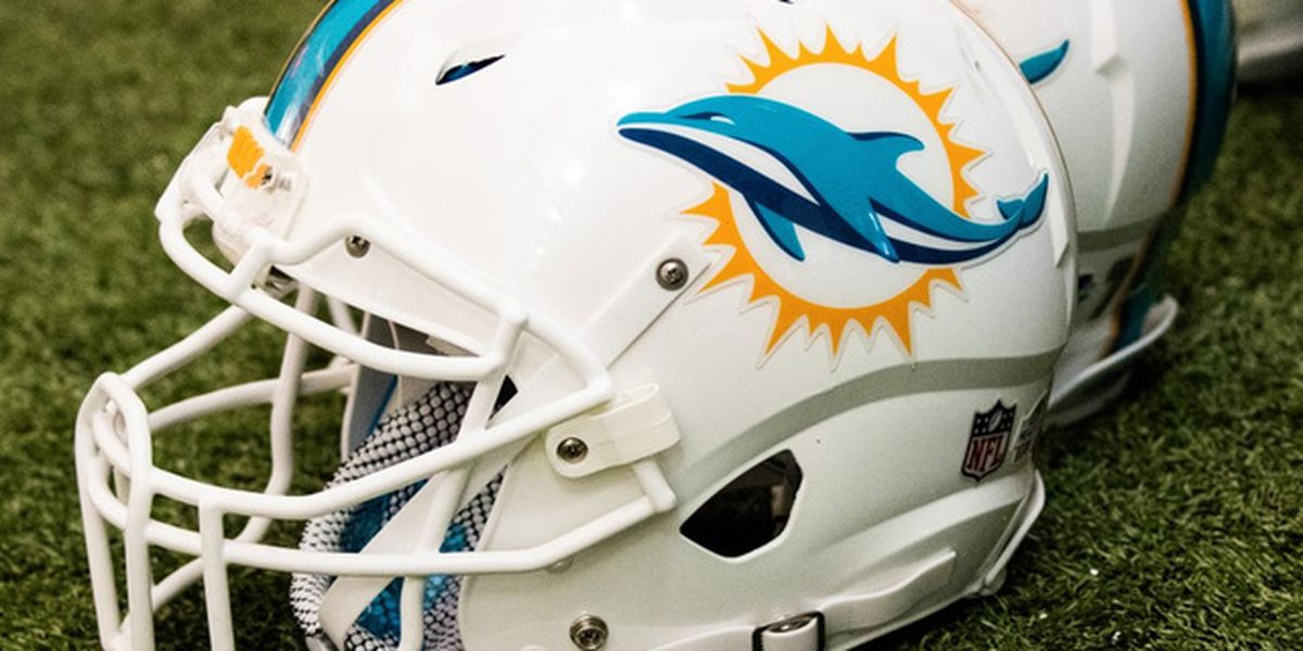 Beer vendor fired after charging Dolphins fan $724 for beer
