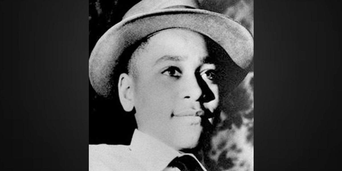 Senators seek to award Congressional Gold Medal to Emmett Till and his mother