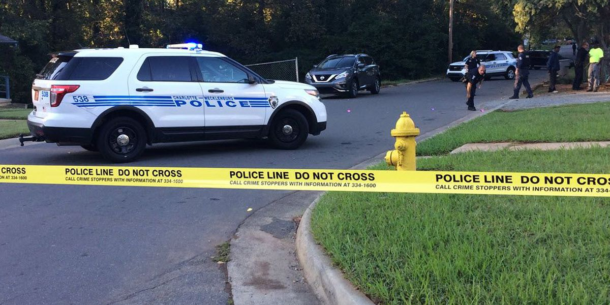 Man shot, woman grazed during reported shootout in west Charlotte