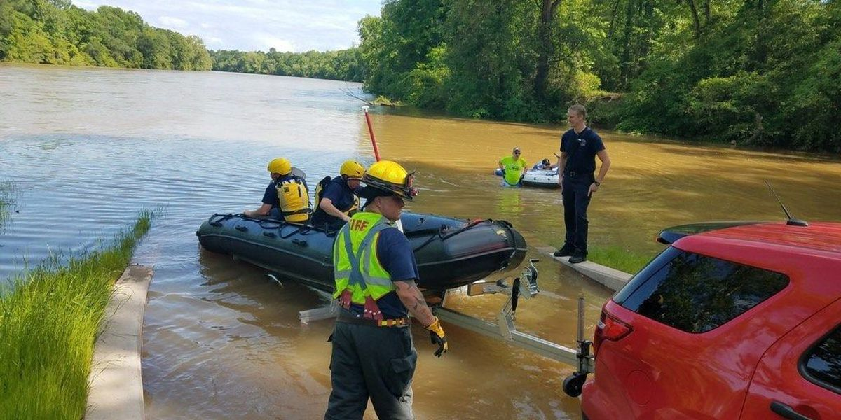 No injuries in Rock Hill water rescue involving 6 kayakers