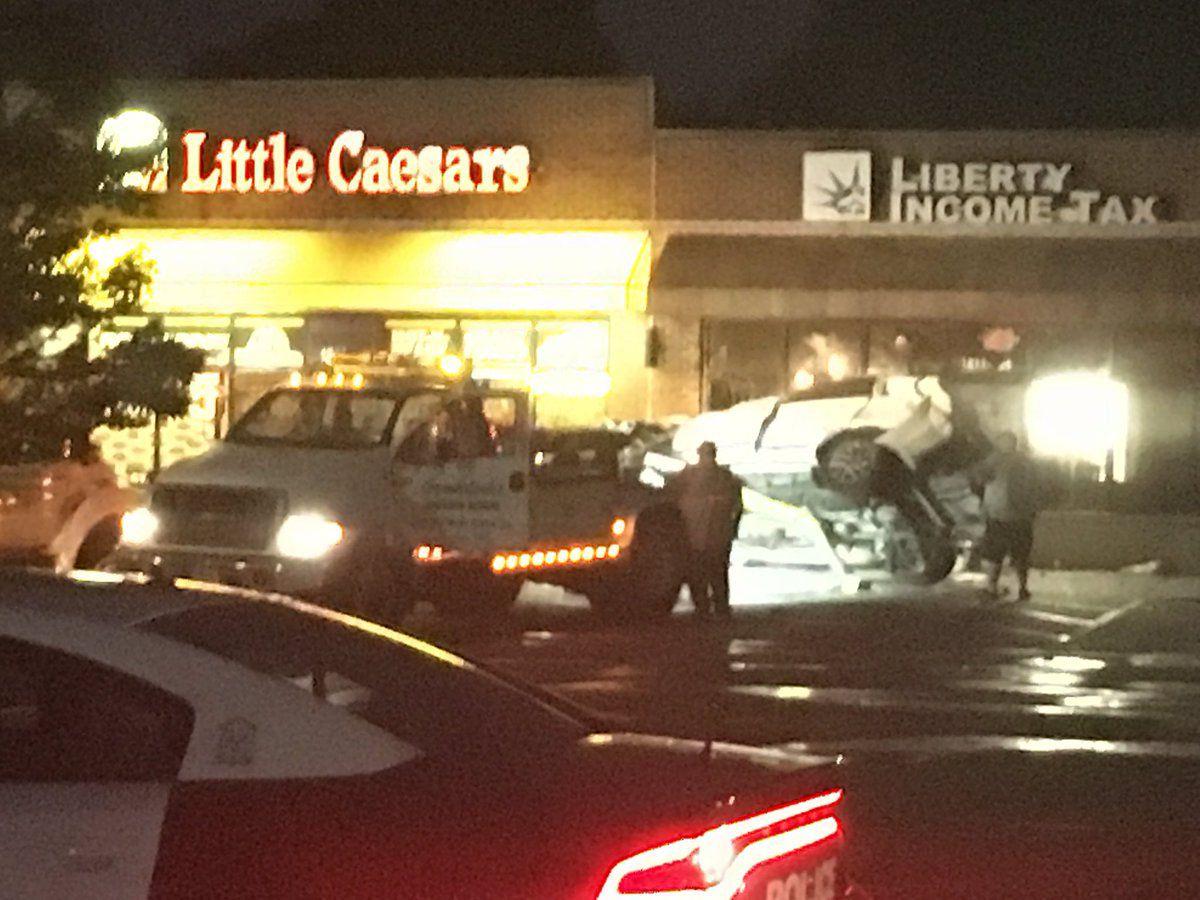 One killed in Gastonia crash