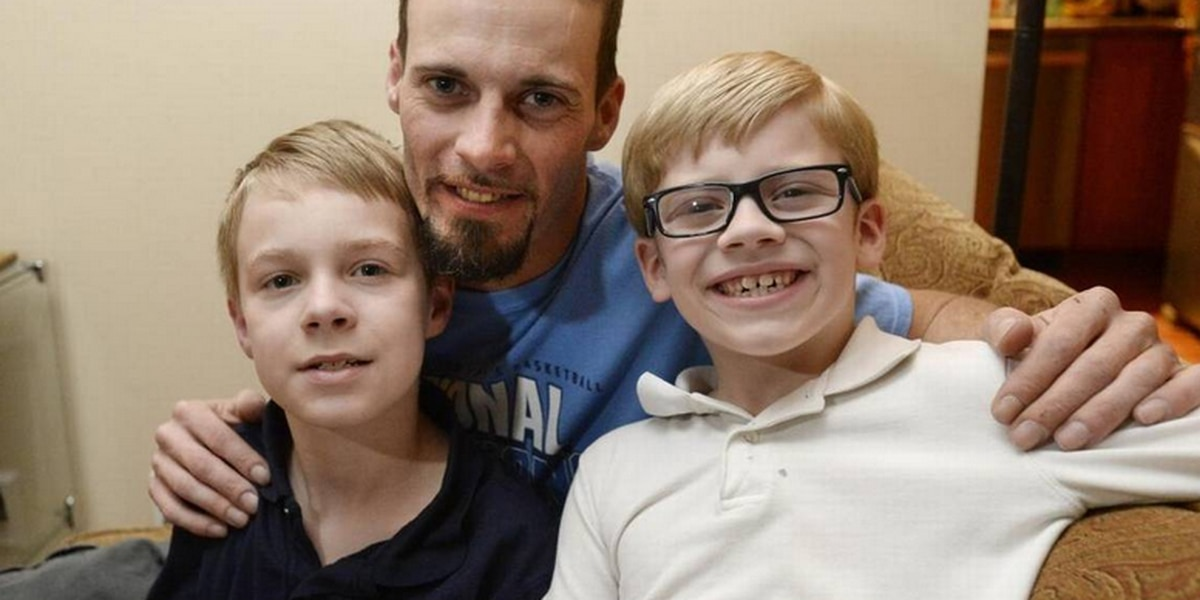 For first Christmas without mom, a widower and sons try to get by with help of others