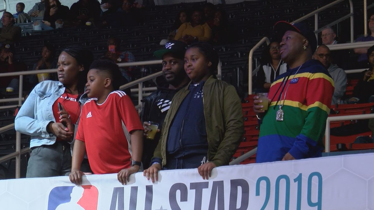 Thousands attend NBA All-Star Celebrity Game at Bojangles Coliseum