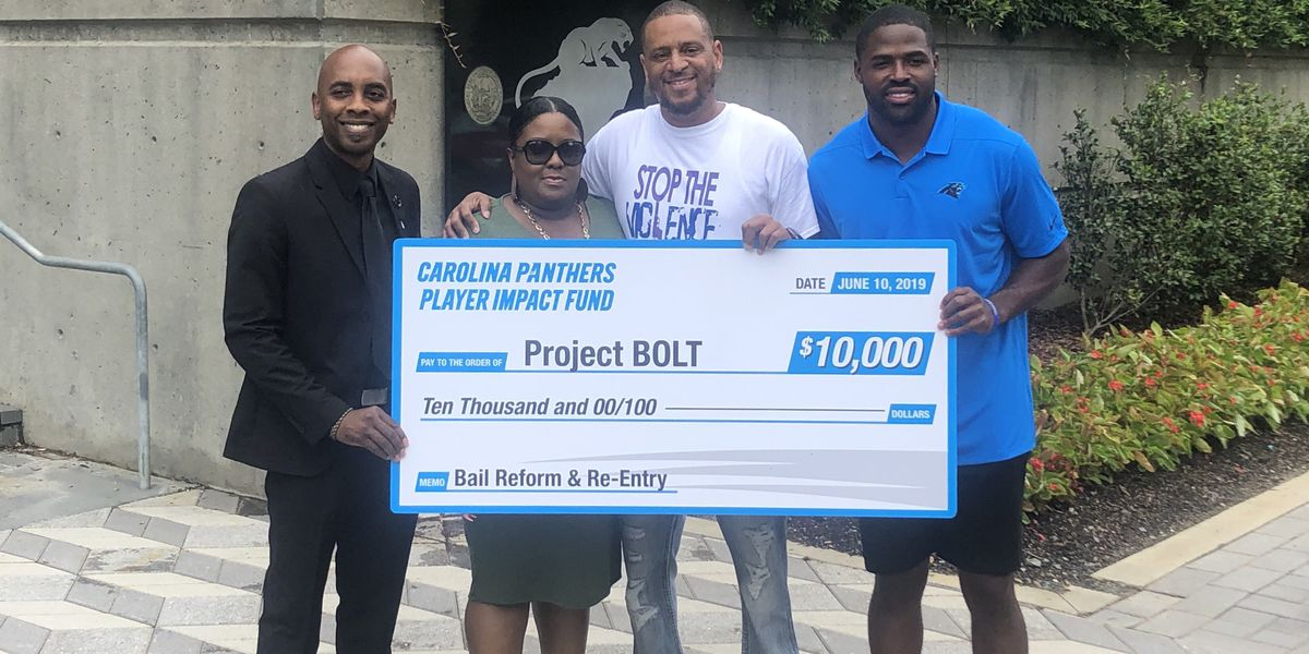 Torrey Smith Presents Two Charlotte Non-Profits with Donations from Player Impact Fund
