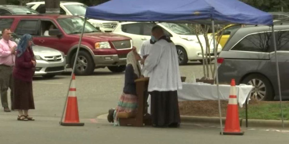 Charlotte Catholic church offers drive-up Mass, communion amid coronavirus outbreak