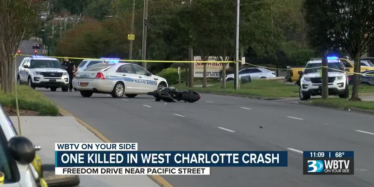 Motorcyclist killed after crashing into car in west Charlotte
