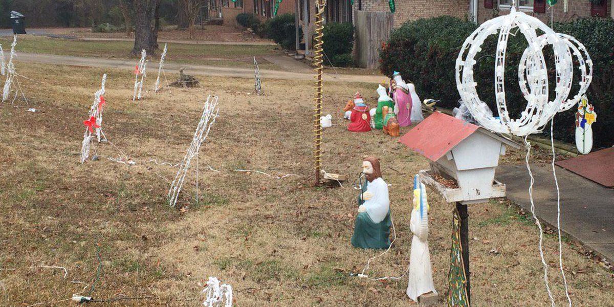 Neighbor's dogs attack man putting up Christmas decorations