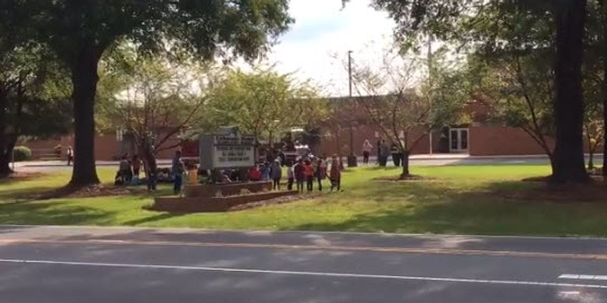 Odor forces evacuation at elementary school in Mint Hill