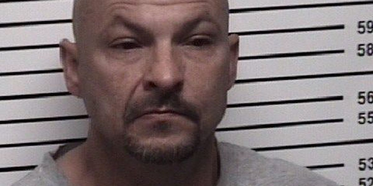 Man arrested during traffic stop in Iredell County, accused of giving deputies a 'false' name