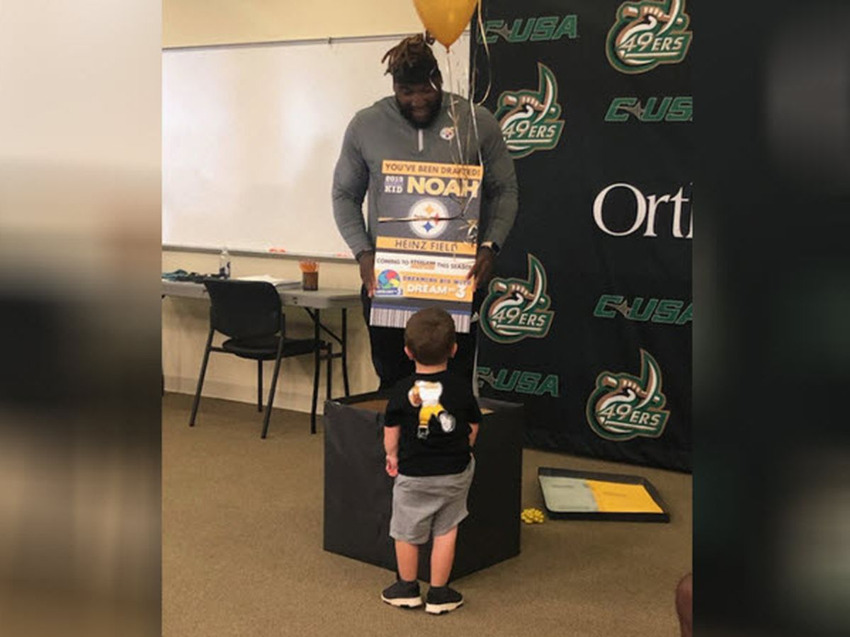 Dream on 3: UNCC football players part of viral 6-year-old sensation