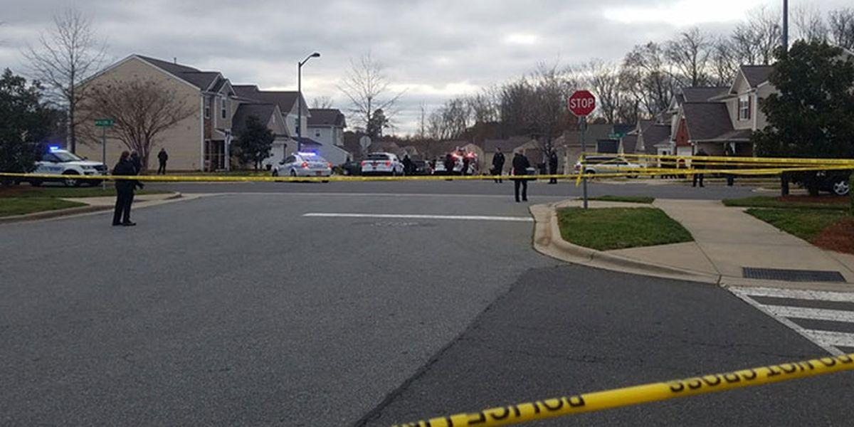 Man dies after being shot, crashing vehicle in Matthews-area neighborhood