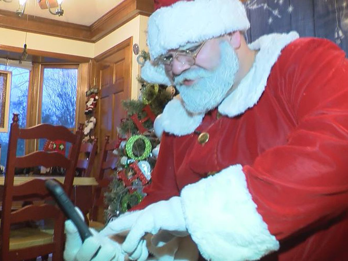 This Santa will Facetime your kids