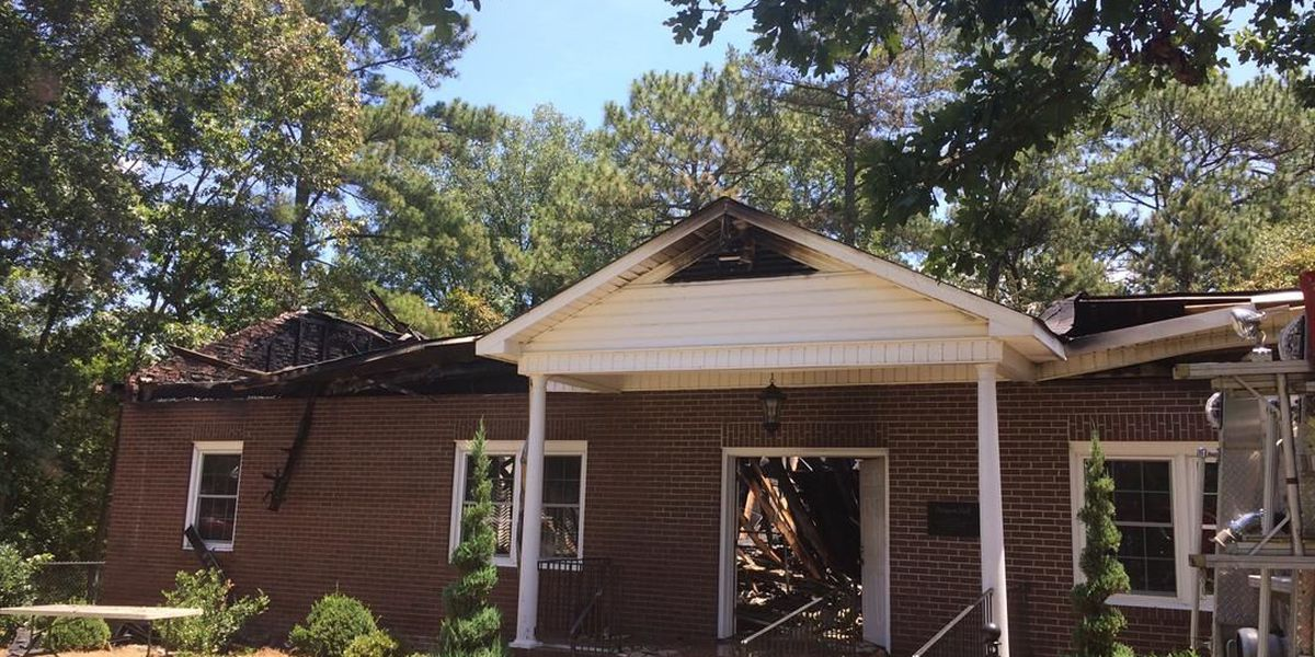 Lightning suspected as cause in Chesterfield County church fire
