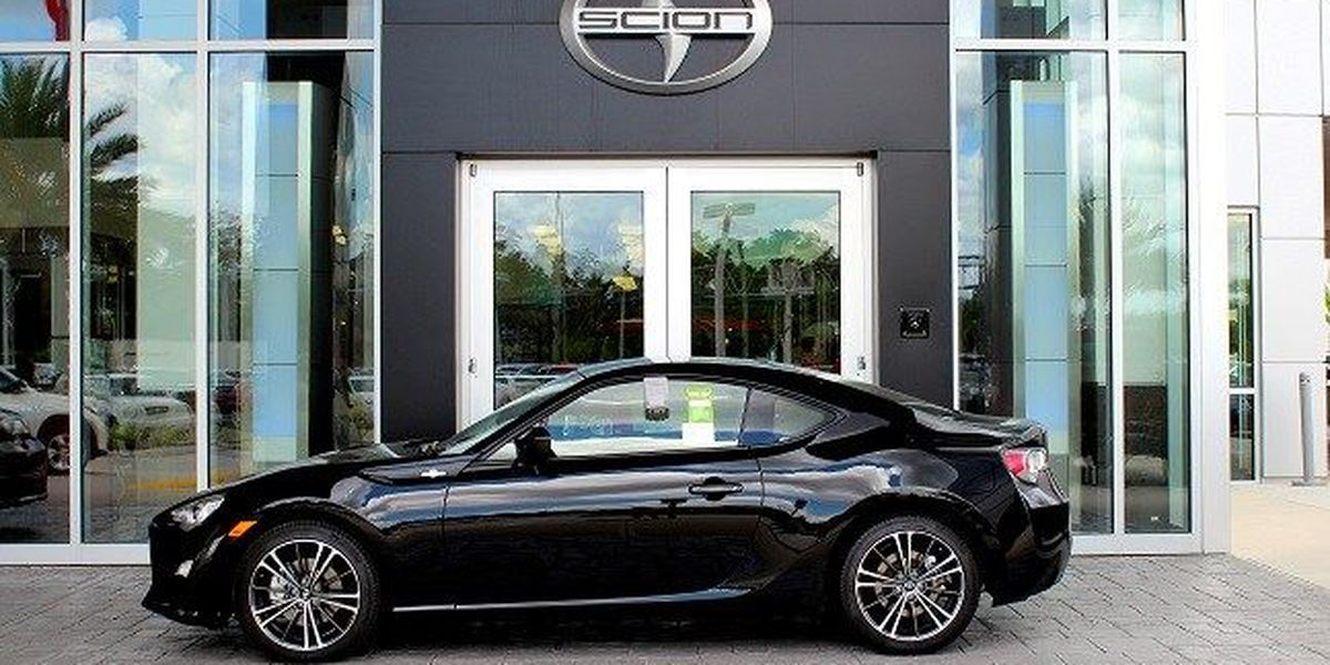 2016-Scion-FR-S-near-CharlotteN Charlotte Scion FR-S gets styled up for 2016!