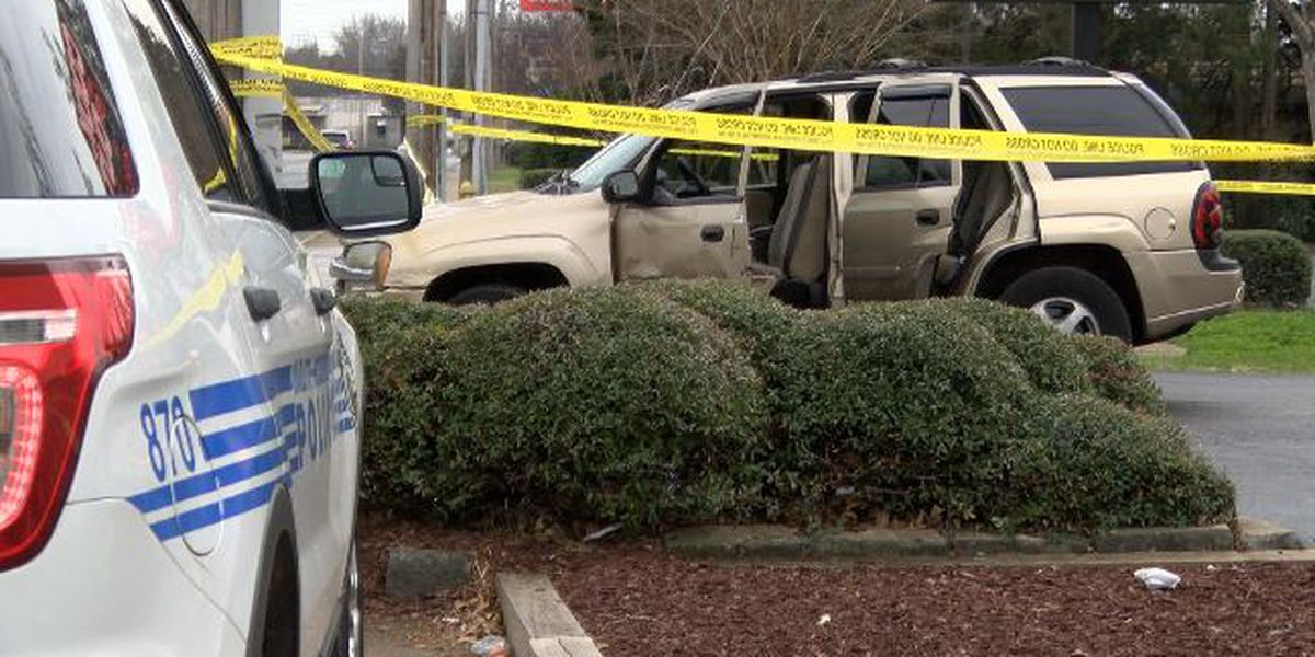 Mother drives children to CMPD substation after man rams her car, fires shots into air