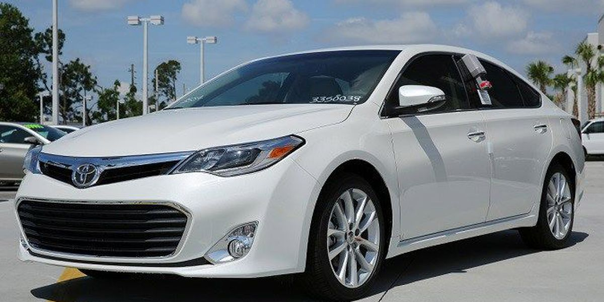New Toyota Avalon revealed at the Chicago Auto Show!