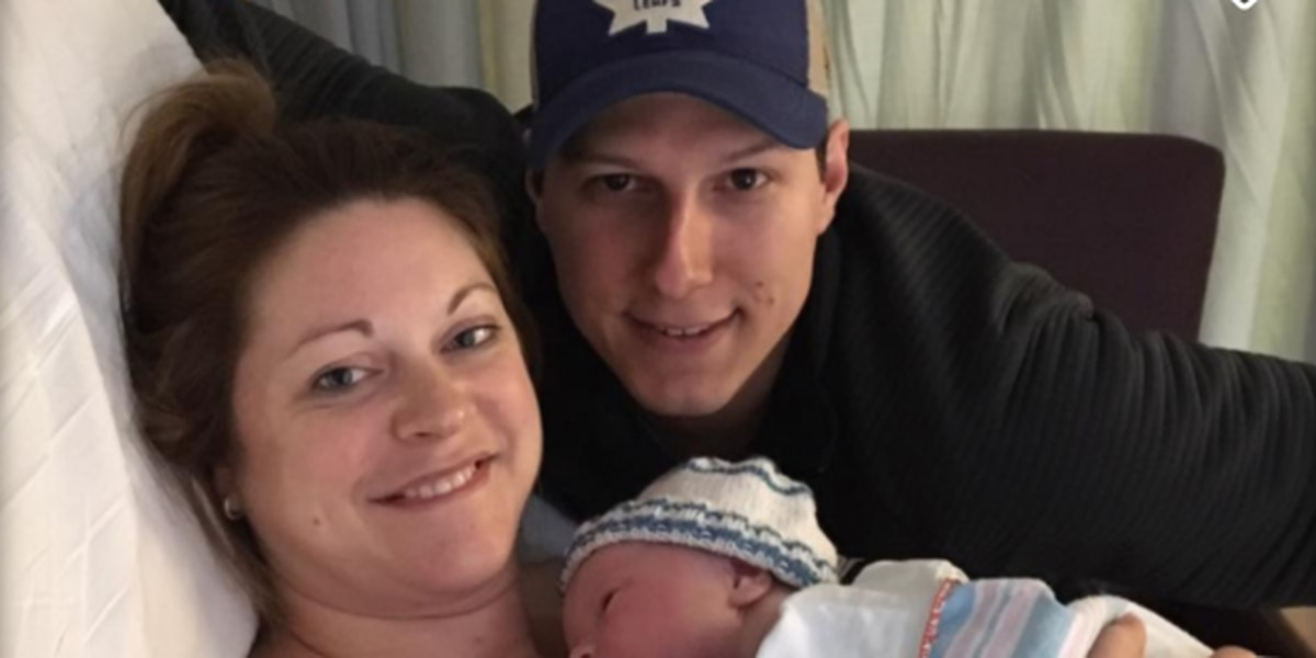 New mom who lost 4 limbs to flesh-eating bacteria suing hospital