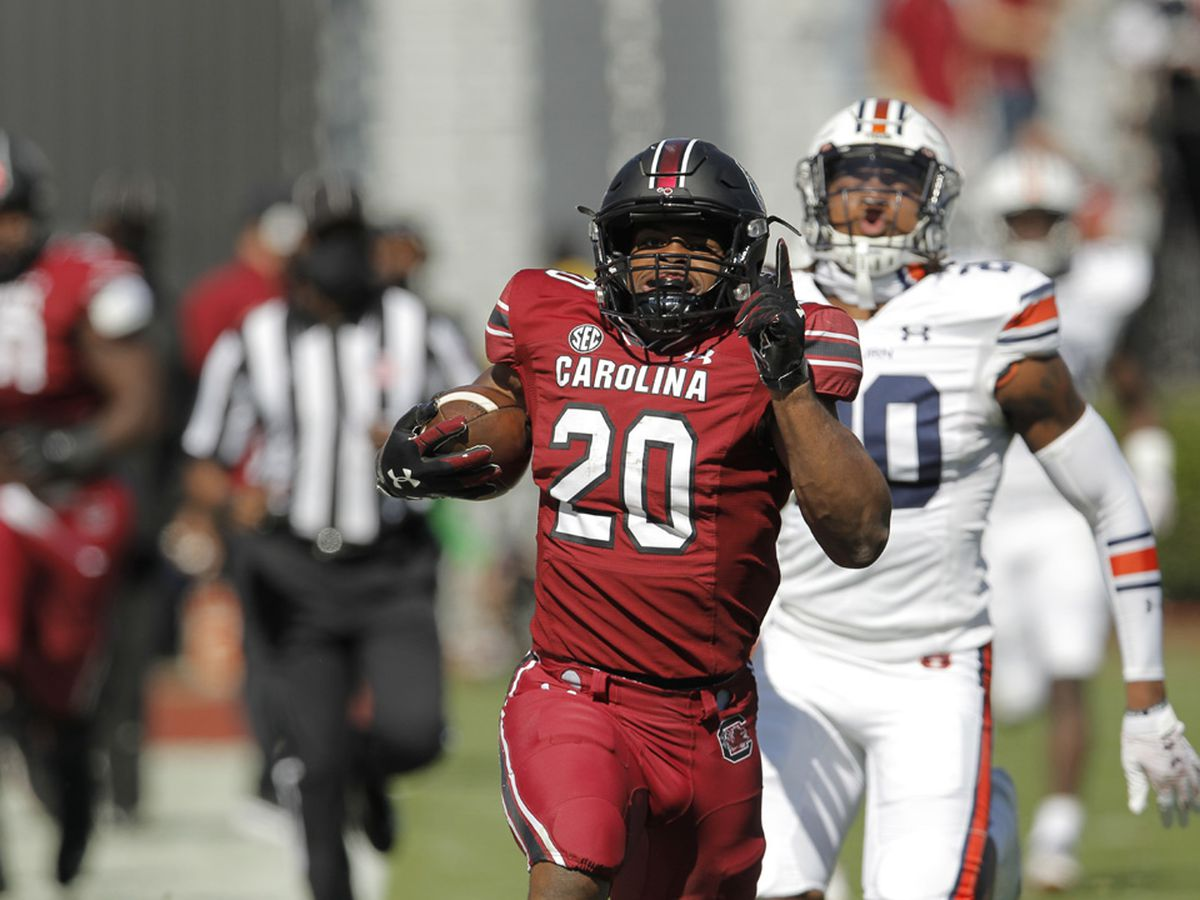 Nix picks cost No. 15 Auburn in 30-22 loss to South Carolina