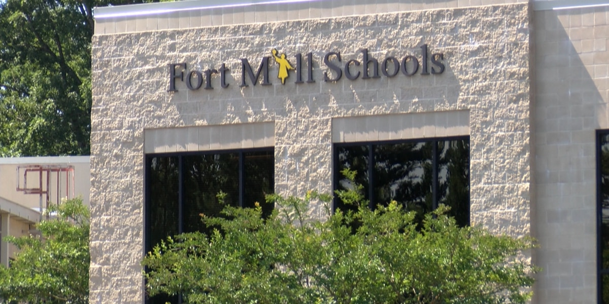 Fort Mill Schools latest district to make 'five day in-person' shift, teachers want help advocating for vaccines