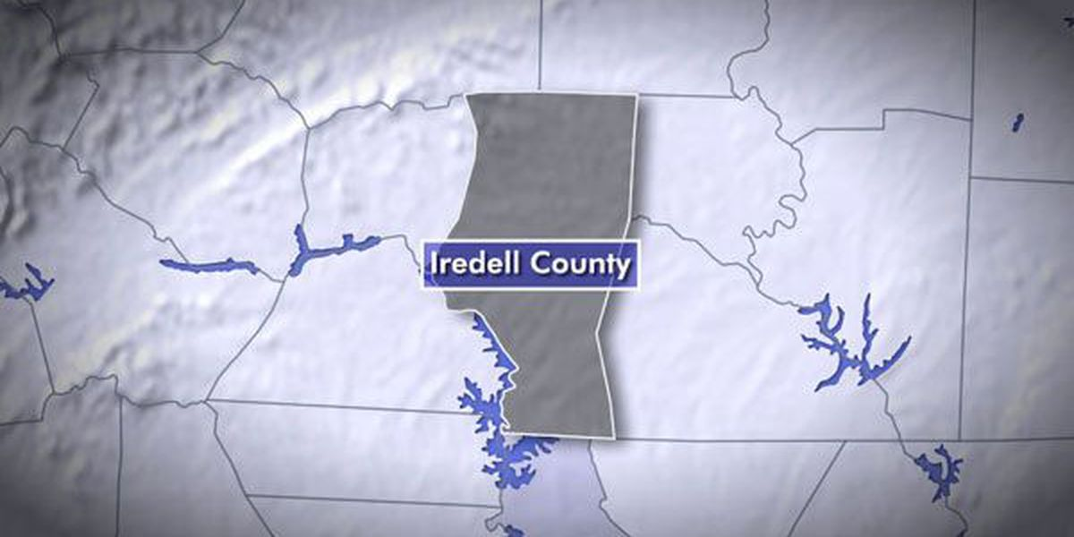 Vehicle fire shuts down lane on I-77 in Iredell County
