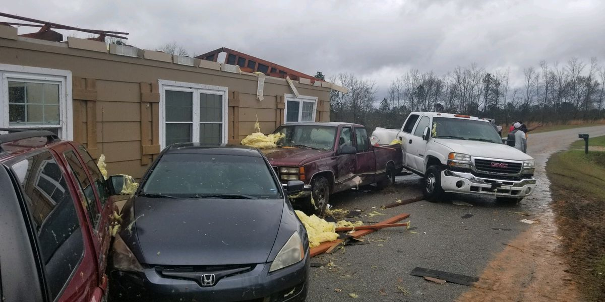 Death toll rises after east Alabama tornadoes