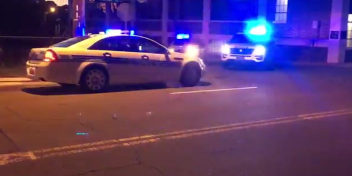 Suspects in custody after armed robbery, police pursuit in Charlotte