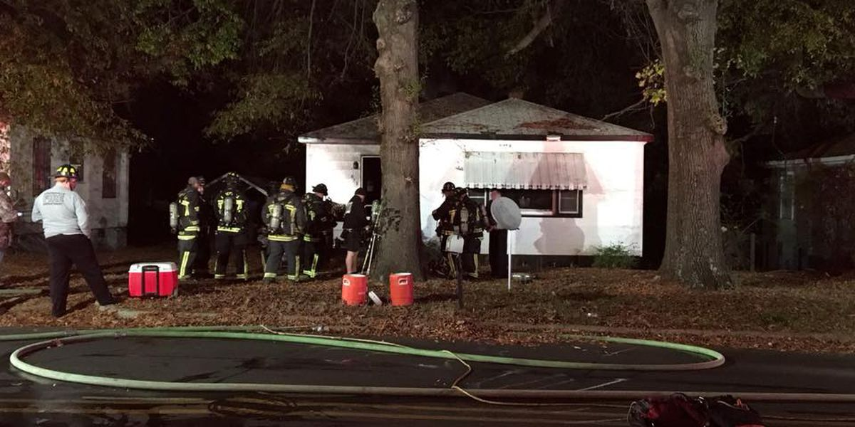 Family of 6 escapes Statesville house fire