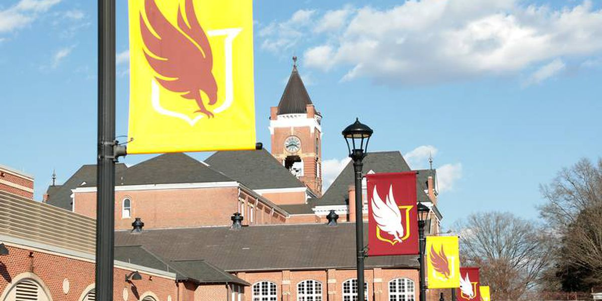 "Winthrop faculty and staff moving back on campus March 15, employees feeling ""forced"""