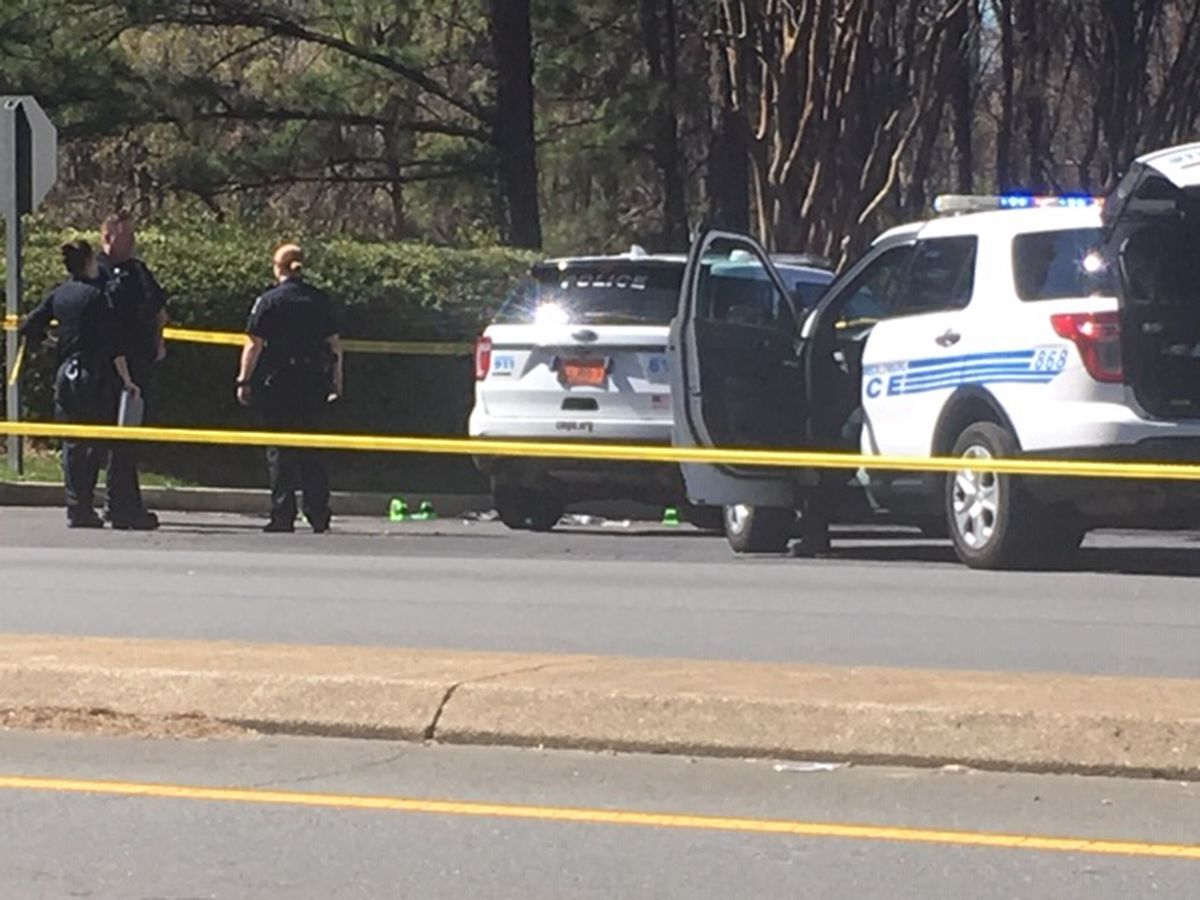 Man shot multiple times, killed in southwest Charlotte, homicide investigation underway