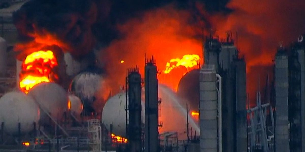 Last of Texas plant's fires declared 'extinguished'
