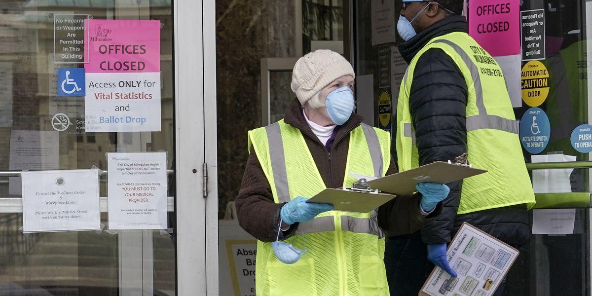 Pandemic politics: Wisconsin voting underway despite coronavirus