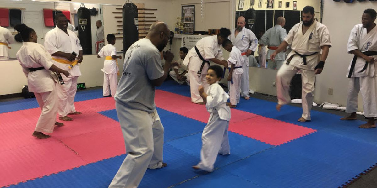 Charlotte karate instructor stops attempted kidnapping when woman runs into studio