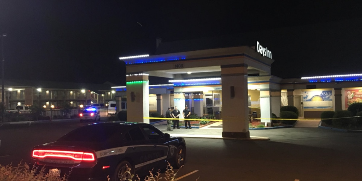 Person seriously injured in shooting at north Charlotte motel