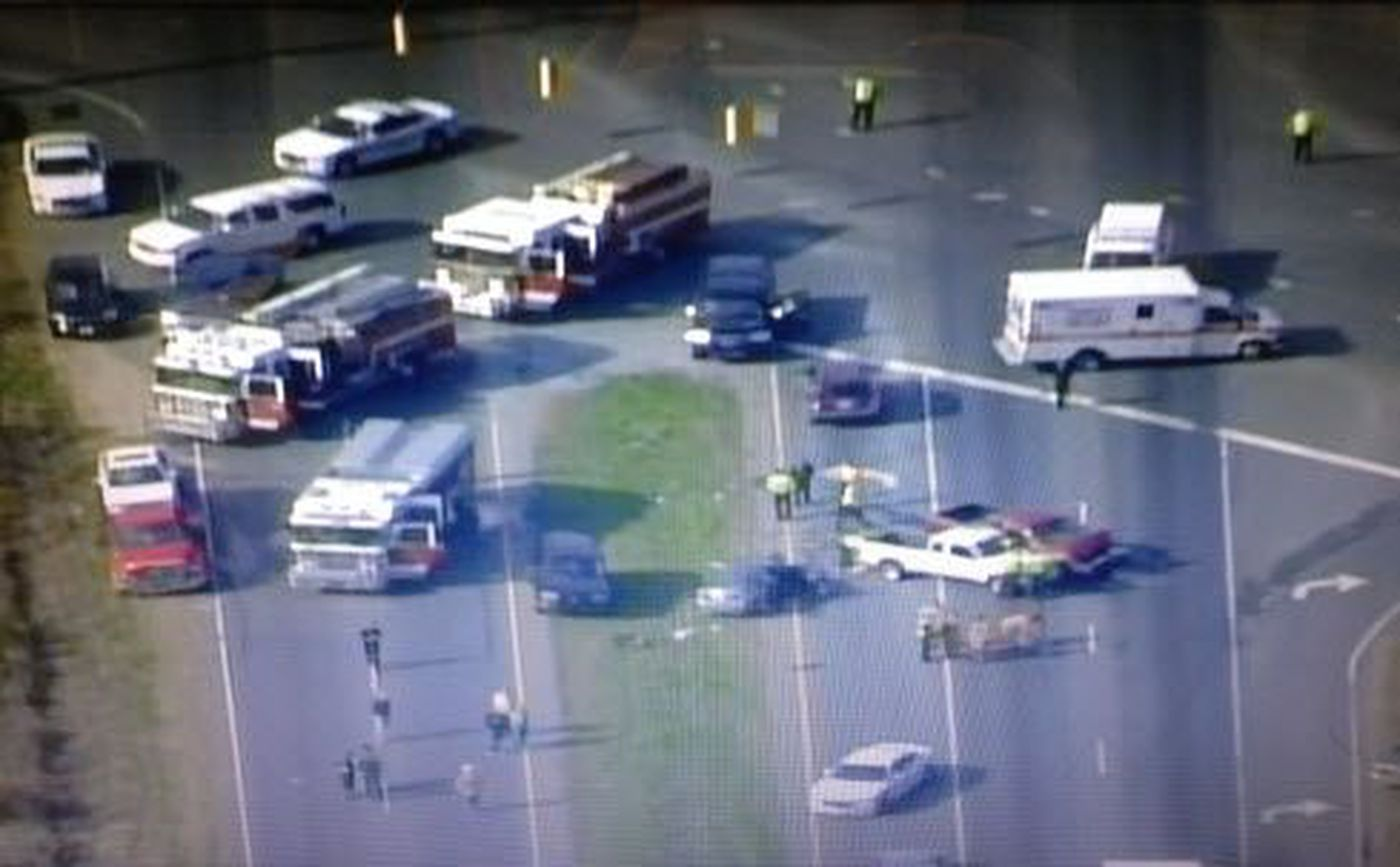 Six-vehicle collision shuts down Hwy 74 in Indian Trail