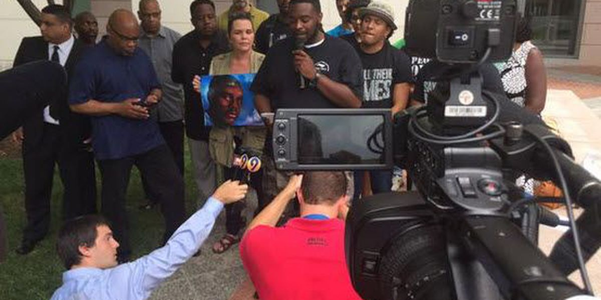 Charlotte organizations ask for Kerrick retrial, peaceful protests