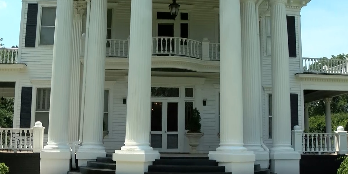 Historic 124-year-old mansion for sale in South Carolina