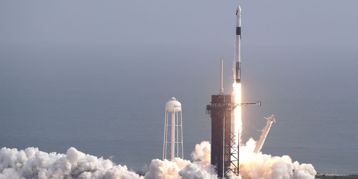 SpaceX launches, destroys rocket in astronaut escape test