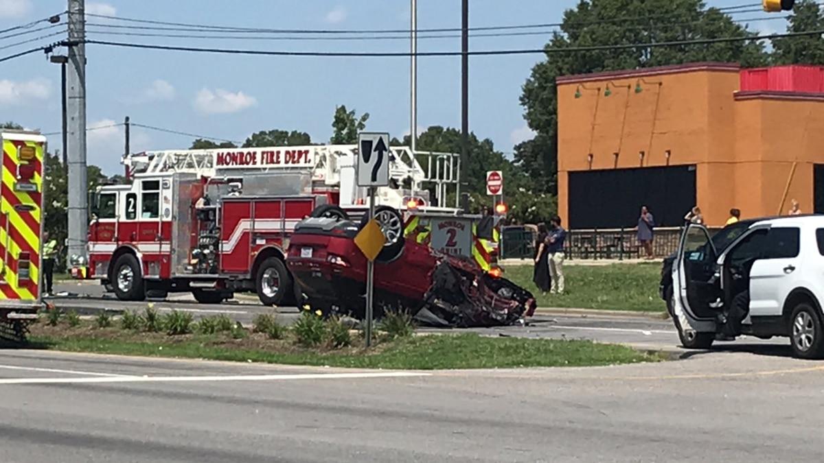 30-year-old woman killed in multi-vehicle crash on 74 in Monroe