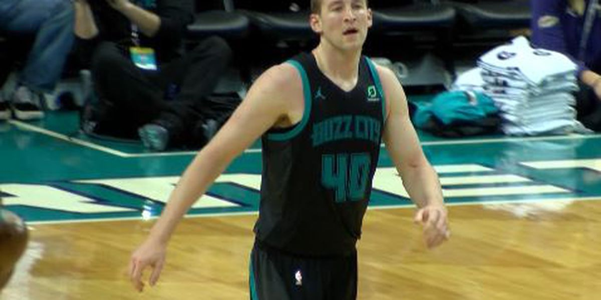 Charlotte Hornets center Cody Zeller out 4 to 6 weeks