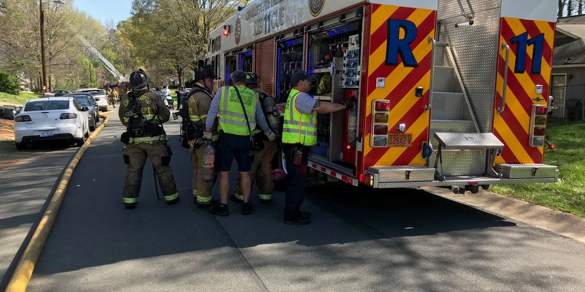 Fire breaks out in Charlotte home Easter morning