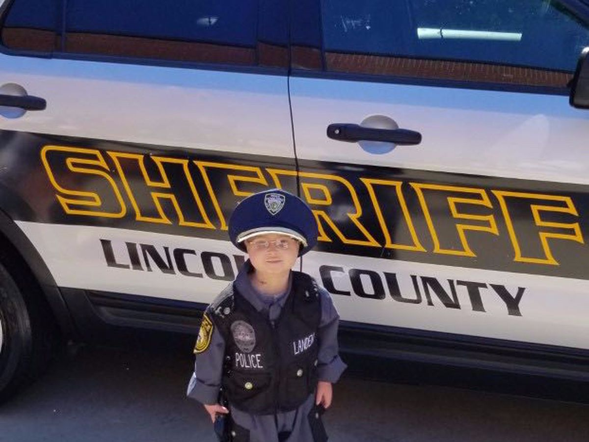 Molly's Kids: Lincoln County Deputies help Landen Johnson in a surprise day