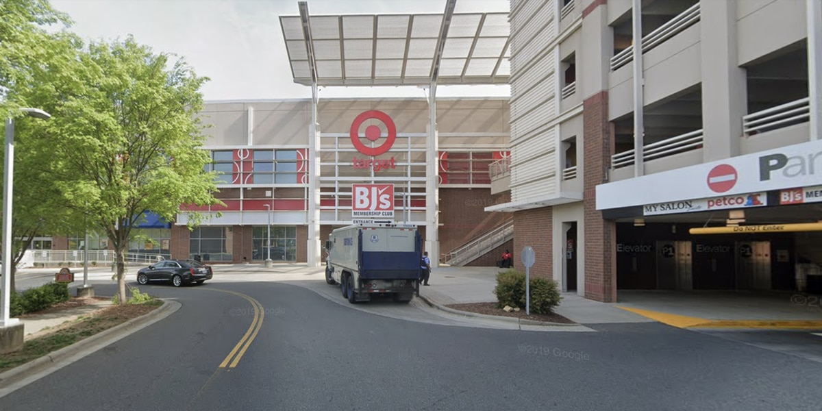 BJ's to close its Metropolitan location. Here's what we know.