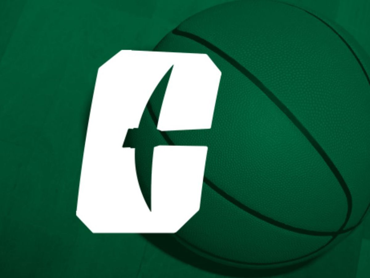 Young scores 25, Charlotte narrowly holds off FAU 74-71