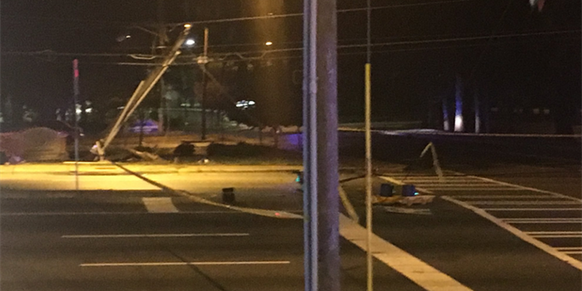 Driver crashes into power pole, shuts down east Charlotte road