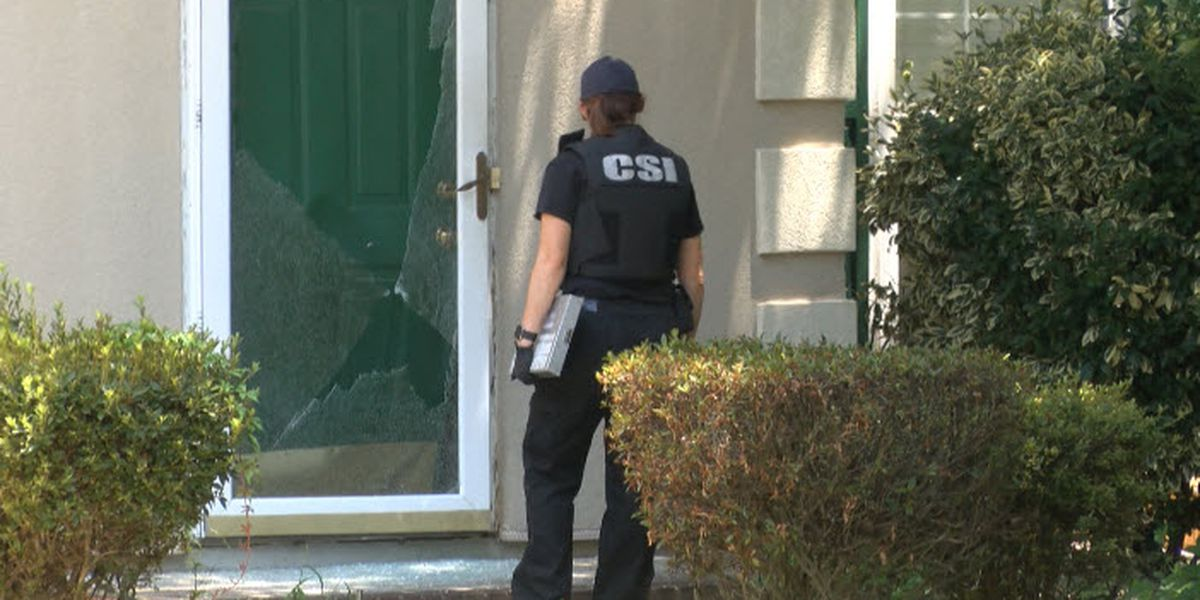 Gunfire exchanged during attempted break-in at north Charlotte home