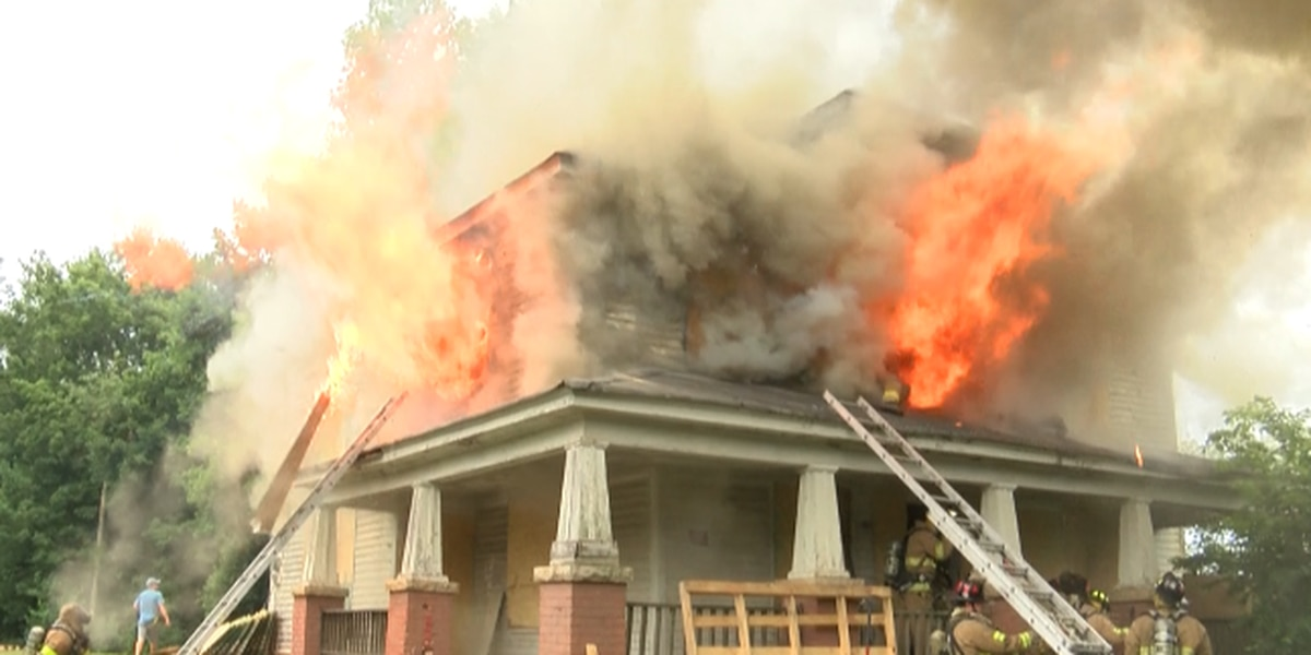 Firefighters use training to drill on live burn on Salisbury house